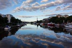 河气氛在图尔库 免版税库存照片