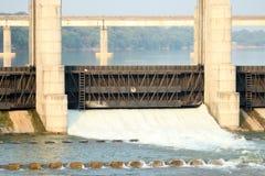 河水坝甘地讷格尔-印度 免版税图库摄影