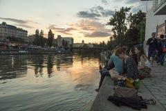 河沿在维也纳,奥地利 库存图片