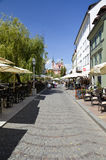 河沿街道卢布尔雅那,斯洛文尼亚 免版税库存照片