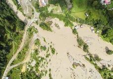 河洪水到湖里 免版税库存图片