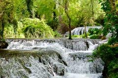 河瀑布在莫纳斯特里奥de彼德拉, Nuevalos,西班牙 库存图片