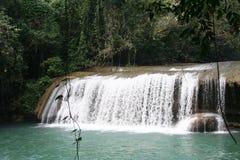 河瀑布ys 库存图片