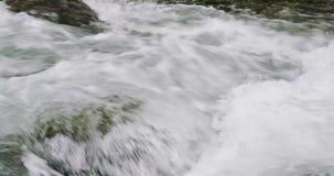 河的急流的一个非常近的看法 股票录像