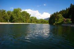 河的Vah小水电厂Podturen - Liptovsky的1月:在水平面河Vah的看法 免版税图库摄影