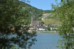 河莱茵河在德国和Lorchhausen 免版税库存照片