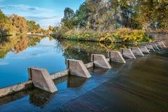 河转换水坝在科罗拉多 免版税图库摄影
