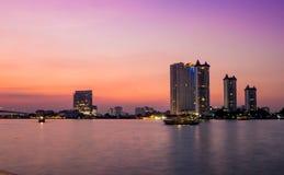 河边区Asiatique的看法 免版税库存照片