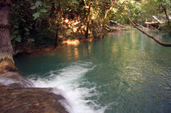 河- Sillans la小瀑布-法国 库存图片