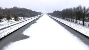 河Aftre雪 图库摄影