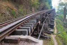 河kwai的桥梁 免版税库存图片