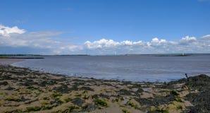 河Severn横穿的看法与老Severn桥梁的 库存图片