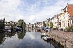 河Vecht在Maarssen荷兰村庄  免版税库存图片