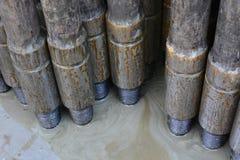 钻油和煤气井的管子 库存照片