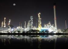 油料植物精炼厂 免版税库存图片
