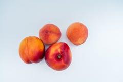 油桃和桃子 免版税库存照片