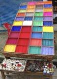 油漆多彩多姿的立场  免版税库存照片