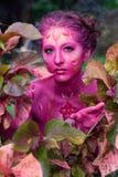 油漆的妇女 有吸引力和性感的女孩人体艺术 库存照片