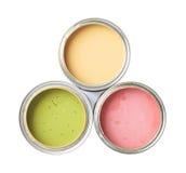 油漆被隔绝的三个罐头 免版税库存照片