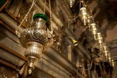 油灯在希腊东正教里 库存图片