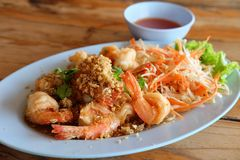 油炸咸虾食谱 免版税图库摄影