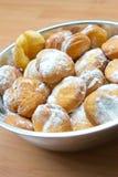 油炸圈饼新鲜的糖 库存照片