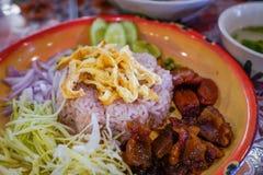 油煎与虾酱的米,泰国食物 免版税库存图片