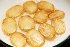 油煎土豆 免版税库存图片