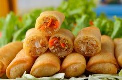 油煎的中国食物滚传统的春天 免版税库存图片