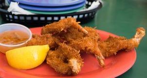 油煎的椰子虾 免版税库存图片
