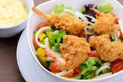 油煎的沙拉虾 免版税图库摄影
