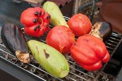 油煎的菜、蕃茄、夏南瓜和茄子 免版税库存照片