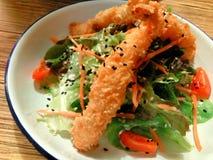 油煎的虾沙拉 库存照片