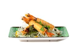 油煎的虾被包裹的和酥脆油煎的面条 库存图片