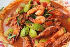 油煎的虾petai -亚洲食物 库存图片