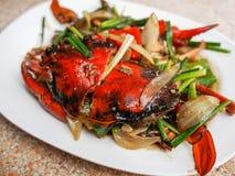 油煎的螃蟹用黑胡椒 库存照片