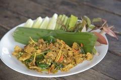 油煎的辣公猪泰国食物,与公猪的混乱炒饭 免版税库存图片