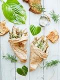 油煎的酥脆鲥鱼 免版税库存图片