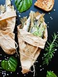 油煎的酥脆鲥鱼 免版税库存照片