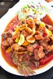 油煎的鱼用辣椒 免版税图库摄影