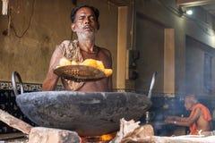 油煎Pakoras -普里Dhaba 免版税图库摄影
