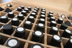 油疗法的疗法瓶 免版税库存图片