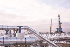 油的提取在北部领域的 库存图片