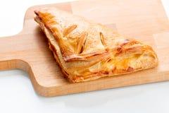 油酥点心饼用用蜂蜜、莓果和坚果 库存图片