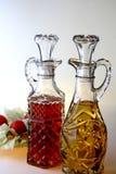 油&醋调味瓶 库存照片