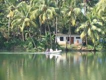 沿印度的河的生活 免版税图库摄影