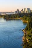 沿史丹利公园的防波堤在BC温哥华加拿大 免版税库存图片