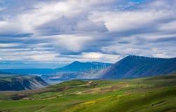 沿哥伦比亚峡谷的春天草甸 免版税库存照片
