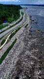 沿圣劳伦斯河的路在魁北克市 免版税库存照片