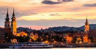 沿多瑙河夜场面  库存图片